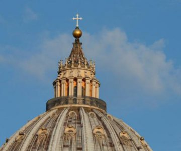 Vatican, Italy start return to religious normal as public Masses resume